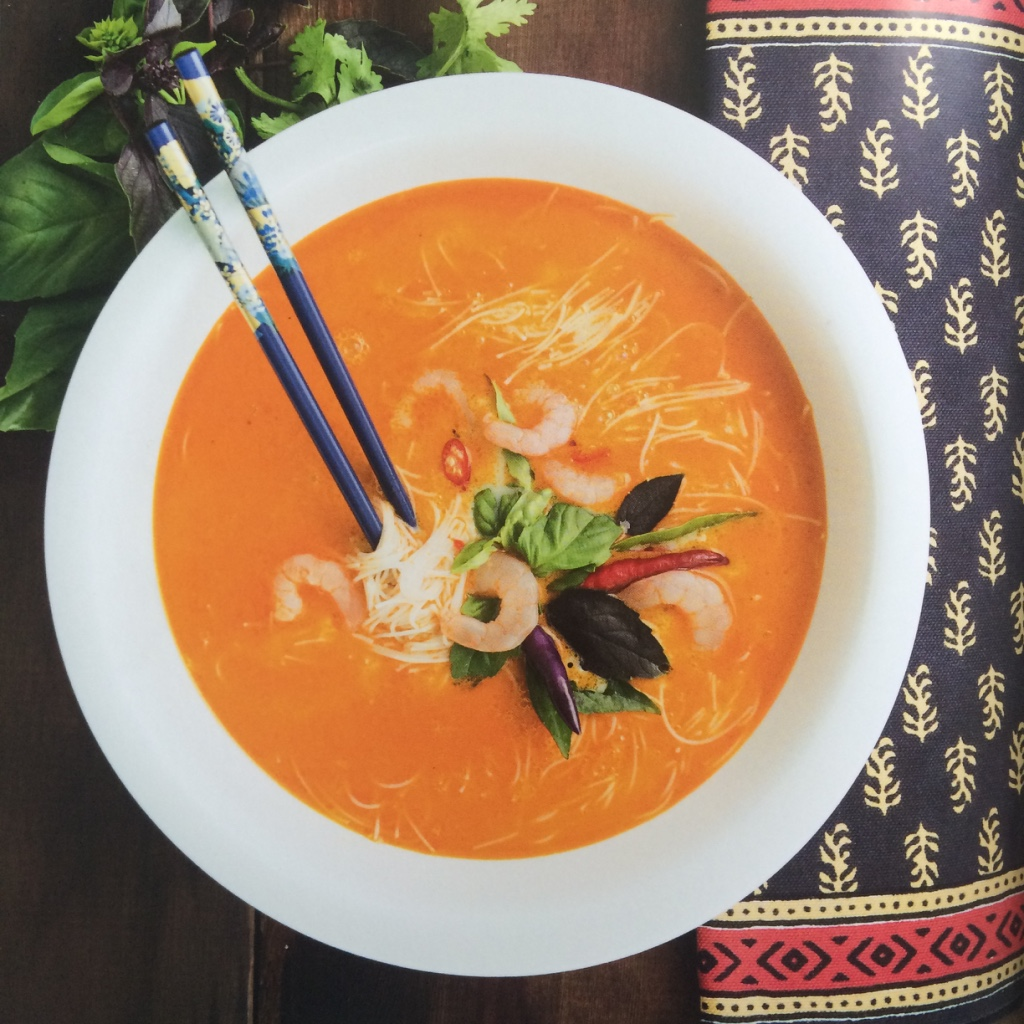 Sopa thai con fideos de arroz - Virginia Demaria