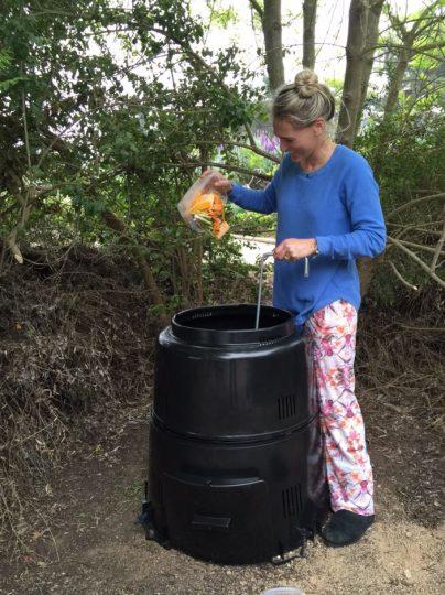 C mo hacer compost en la casa virginia demaria - Como hacer compost en casa ...