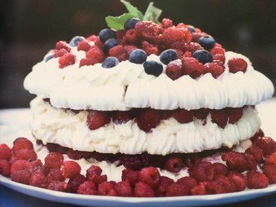 receta torta helada de frutos rojos