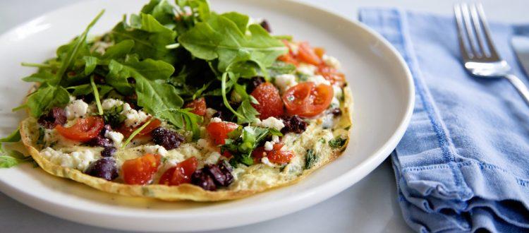 omelette con tomates cherry