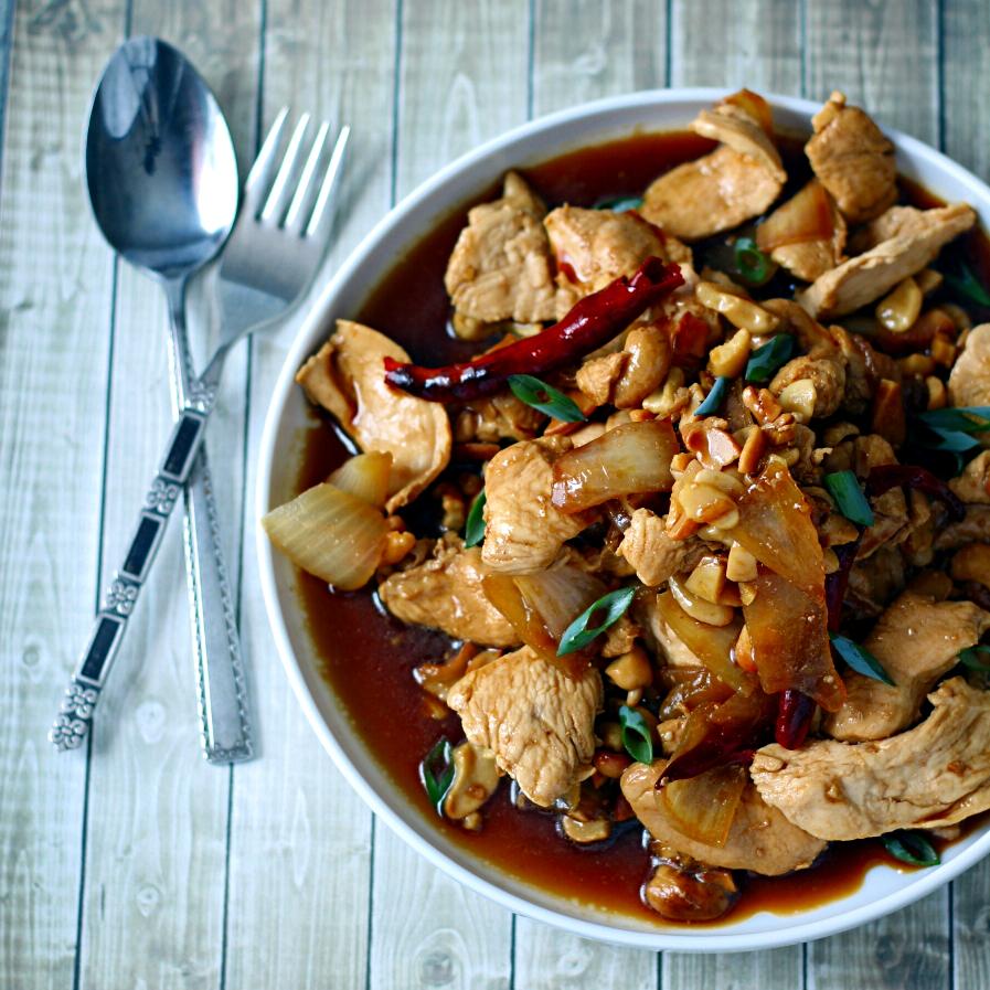 Para el Día de la Madre: Pollo thai con coco y tomate
