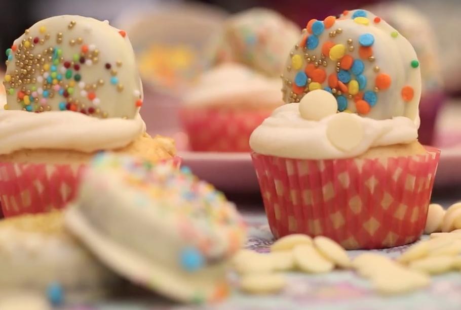 Cupcakes de chocolate blanco y limón