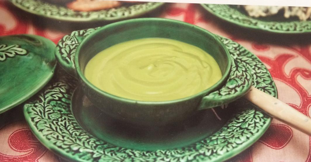 Sopa fría de palta