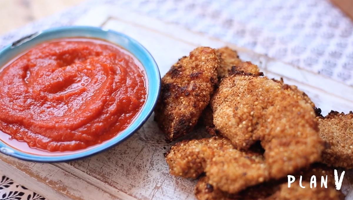 Nuggets de pollo apanados en quinoa