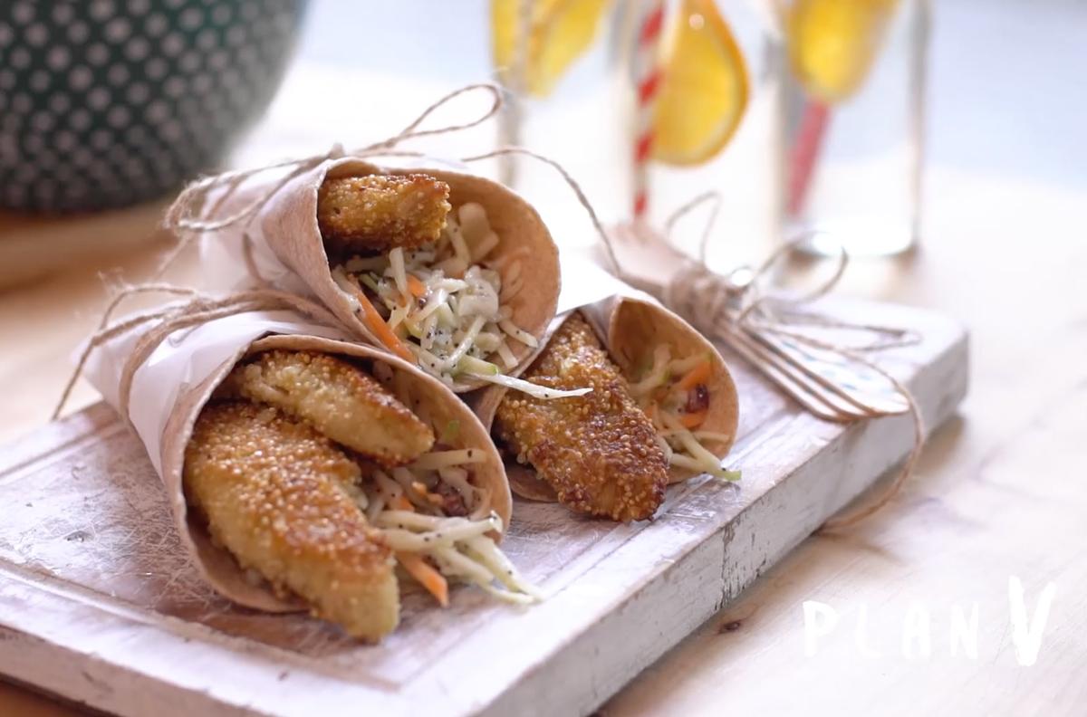 Tacos de pescado empanizado en quinoa