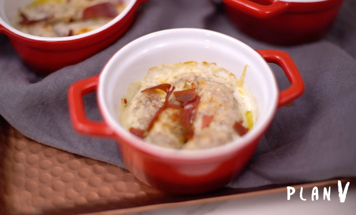 Malfatti de alcachofas gratinadas con jamón serrano