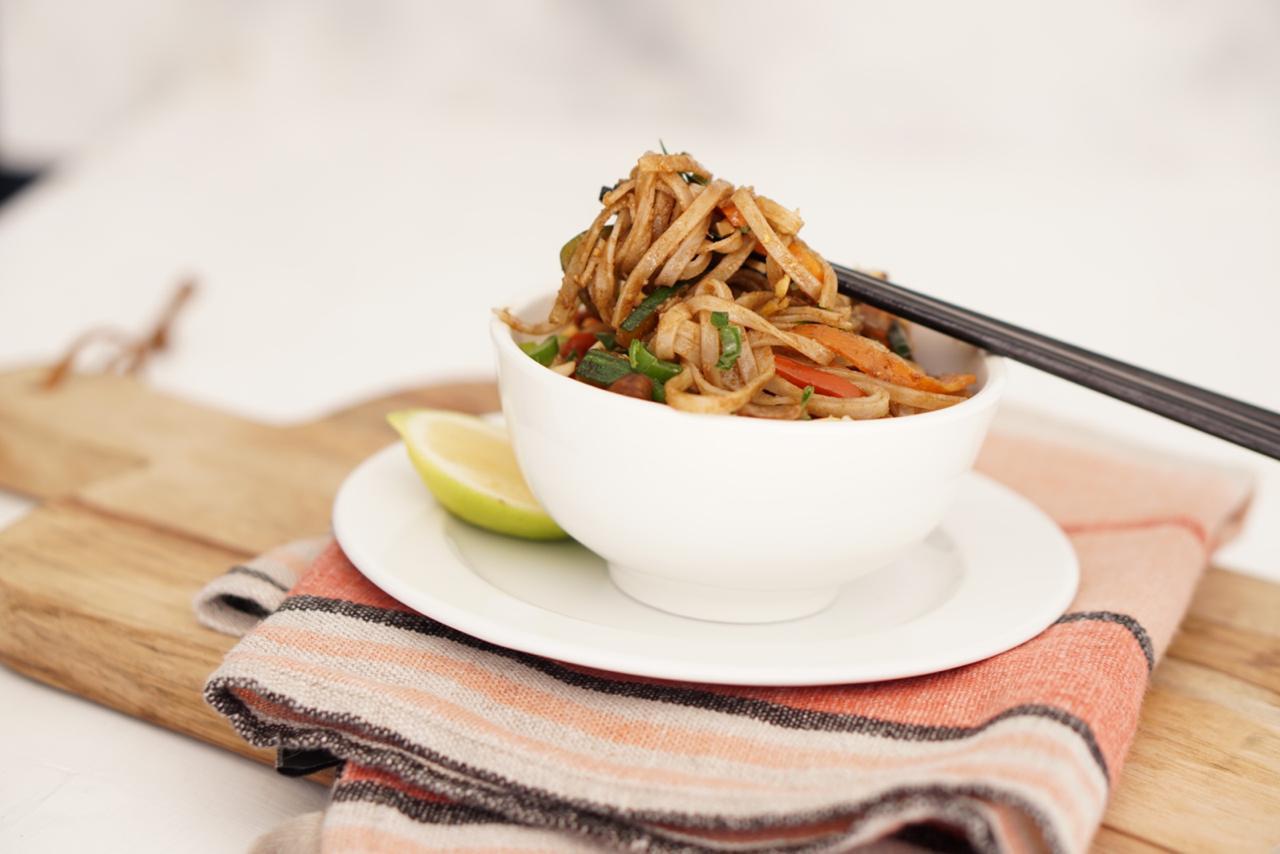 Pad Thai rápido de vegetales